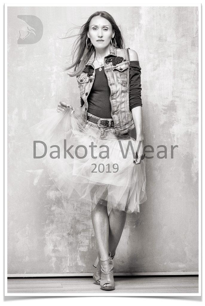 copertina presentazione DakotaWear 2019